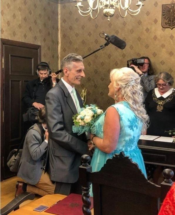 """""""Marta i Adaś pobrali się. To pierwszy ślub w Sanatorium..."""