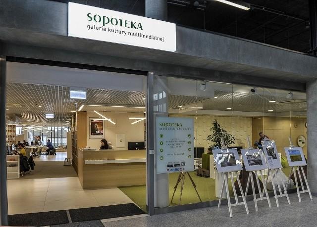 Najemcy otwierają kolejne punkty handlowe i usługowe w budynku dworca w Sopocie