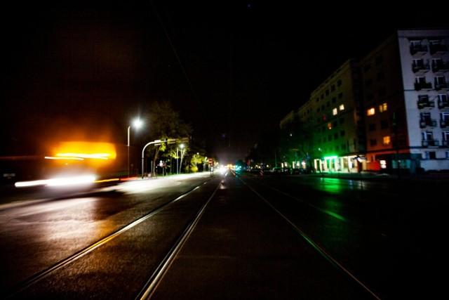 Puste ulice sprawiają, że po Krakowie jeździ się szybciej