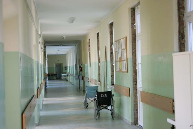 Powiatowy inspektor budowlany wziął pod lupę Nowy Szpital w Kostrzynie.