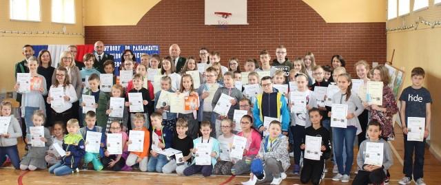 Gala rozdania nagród  w szkole podstawowej w Żytniowie.