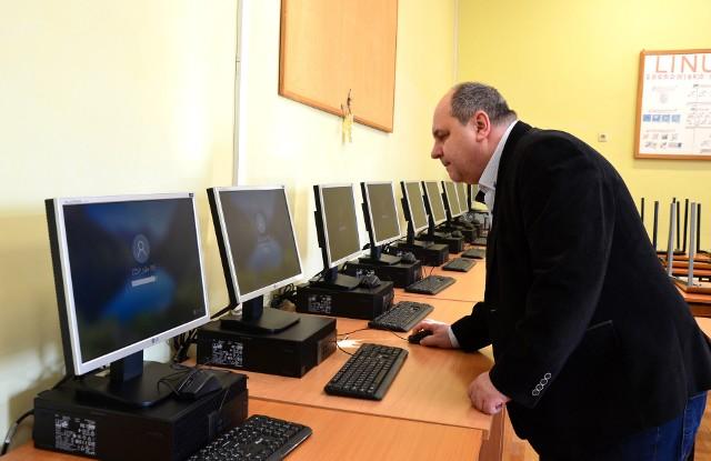 Zakupiono m.in. komputery dla techników programistów dwujęzycznych w ZZSP