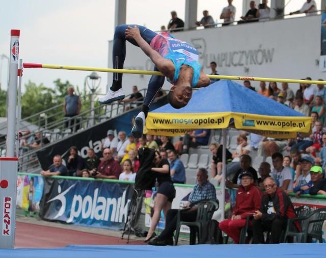 Katarczyk Mutaz Essa Barshim przeskoczył 237 cm.