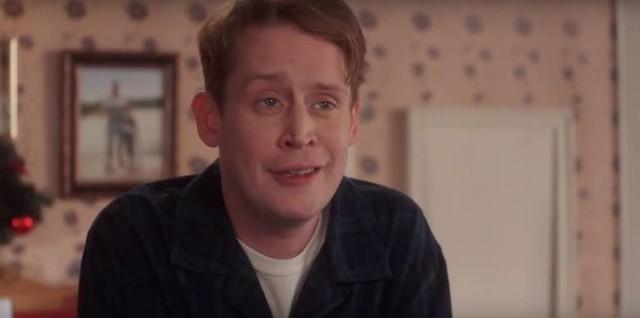 """Macaulay Culkin, znany przede wszystkim z filmu """"Kevin sam w domu"""" i Brenda Song zostali rodzicami. Macaulay Culkin poznał Brendę Song w 2017 roku na planie filmu """"Changeland"""". Zostali wtedy parą.Jak wygląda wybranka aktora? Zobacz, jak wygląda dziś Kevin i jego partnerka w naszej galerii >>>>>"""