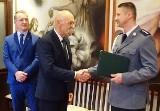 Nur. Nowy kierownik posterunku policji. Komendant policji w Ostrowi mianował na to stanowisko Tomasza Zęgotę