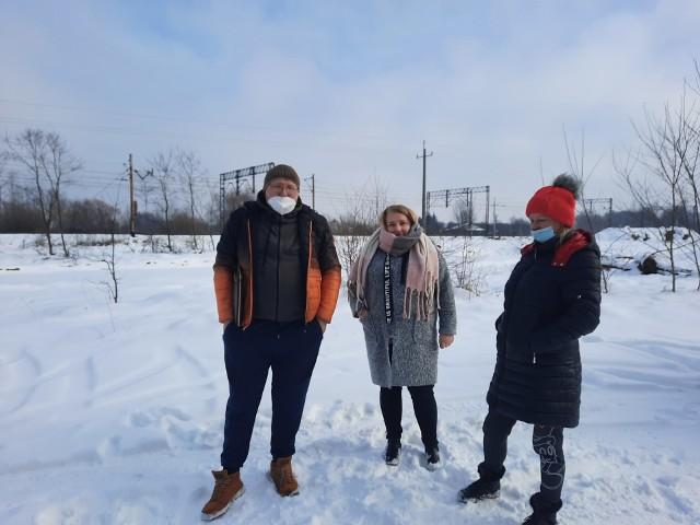 Mieszkańcy ulicy Zagonowej, przez budowę nowej trasy N-S od ulicy Czarnoleskiej do Żakowickiej, mogą stracić wygodny dojazd do centrum. Przez trasę musieliby nadrabiać kilometrów.
