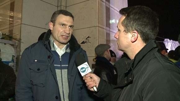 Witalij Kliczko w rozmowie z reporterem TVN