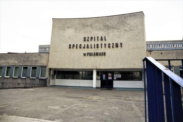 Pacjentka trafiła do szpitala zakaźnego w Puławach, w którym leczone są osoby z potwierdzoną infekcją koronawirusem lub jej podejrzeniem i dodatkowymi chorobami