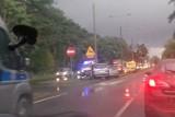 Wypadek na ulicy Fordońskiej w Bydgoszczy. Strażacy uwalniali zakleszczoną osobę [zdjęcia]