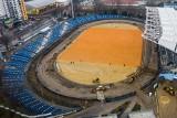 Na Stadionie Miejskim w Rzeszowie trwa montaż instalacji ogrzewającej murawę. Inwestycja się opóźni [ZDJĘCIA]