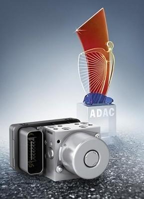Nagrodzony, motocyklowy moduł ABS firmy Bosch.