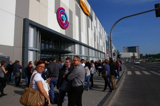 Poznań City Center zamknięte! W nocy zawalił się podwieszany sufit