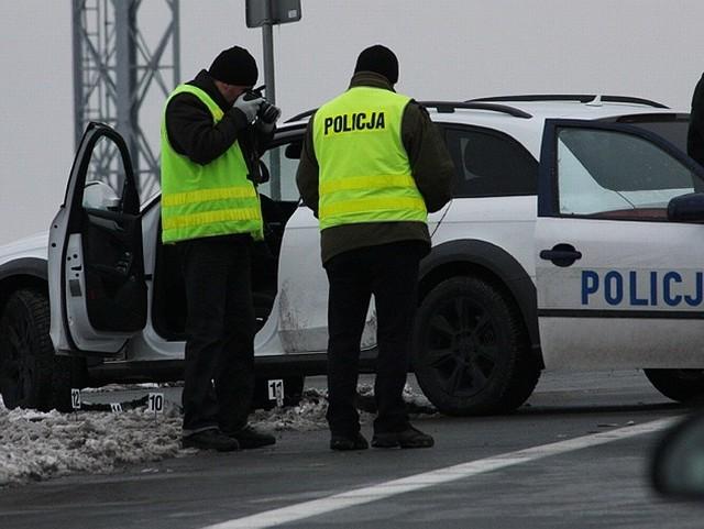 Do tragedii doszło, gdy z samochodu próbowano wyciągnąć uciekającego kierowcę