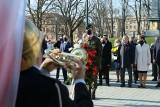 Lublin: 11. rocznica katastrofy smoleńskiej. Obchody na placu Litewskim w Lublinie. Zobacz zdjęcia