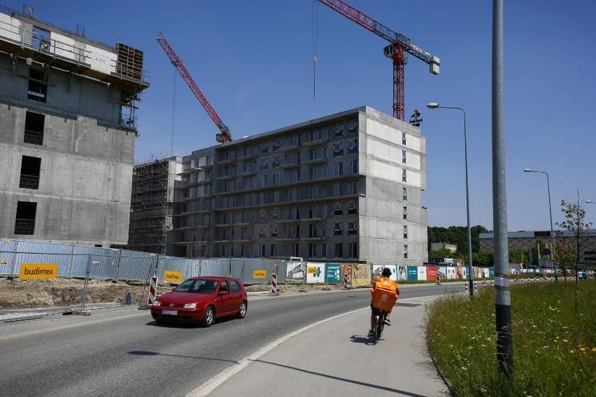 dane sygnalne GUS budownictwa mieszkaniowego za pierwsze...