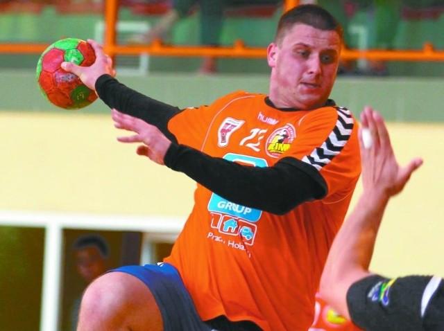 Najlepszy strzelec Olimpu Paweł Chmiel zdobył osiem bramek.