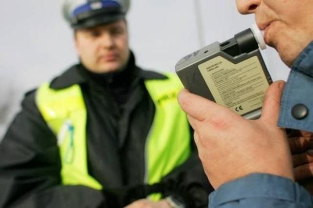 W Bytowie i Tuchomiu zatrzymano kierowców pod wpływem alkoholu.