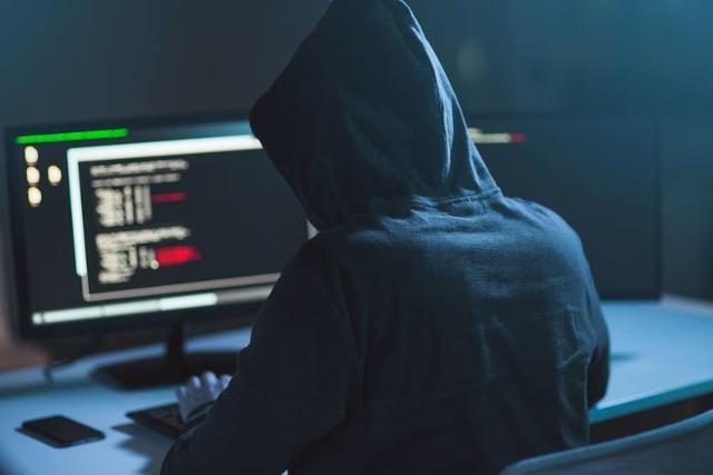 Toruń: Oszuści przejęli konto w banku i ukradli 4,5 mln złotych