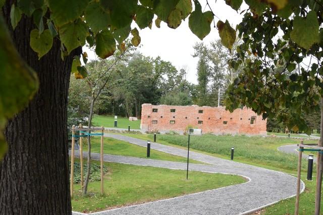 Centrum Edukacji Ekologicznej w Czechowicach-Dziedzicach to jedno z kilku miejsc zieleni na terenie gminy. Urzędnicy chcą, by drzew i krzewów było więcej