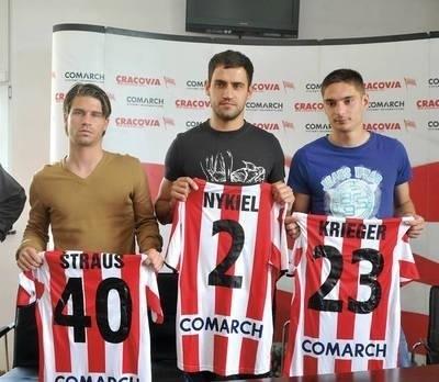 Nowi gracze Cracovii, od lewej: Rok Straus, Krzysztof Nykiel i Dawid Krieger Fot. Michal Klag