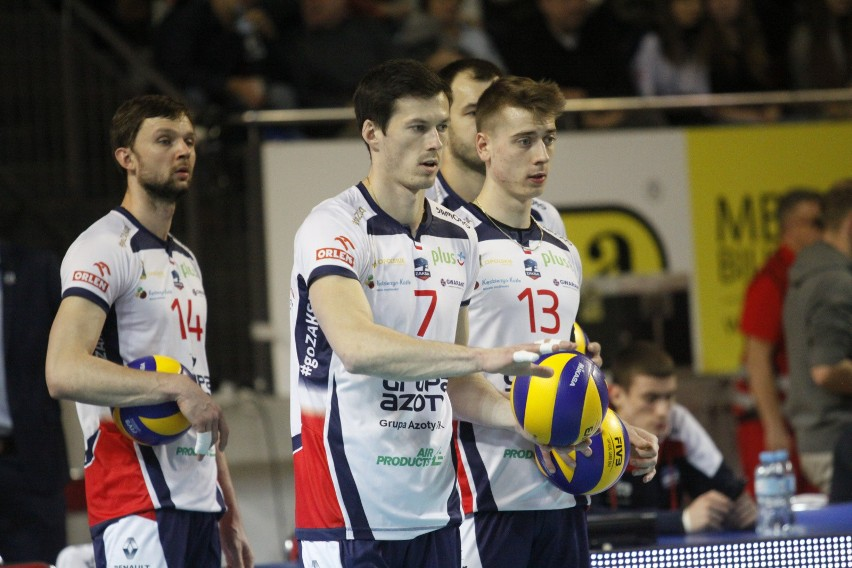 Na razie z drużyną gra m.in. Kamil Semeniuk (z prawej). Z kolei na Rafała Buszka musimy jeszcze poczekać.