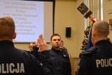 24 nowych policjantów na Opolszczyźnie. Zobacz ich ślubowanie w Komendzie Wojewódzkiej Policji