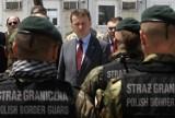 Szef MSWiA odznaczył funkcjonariuszy Straży Granicznej
