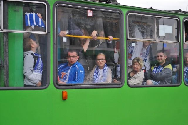 Lecha Poznań: Pojemniejsze autobusy i więcej tramwajów przed meczem z Termaliką