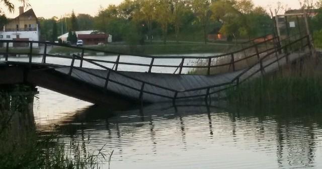 Most, który był niewątpliwie atrakcją turystyczną naszego miasta, zawalił się przed kilkoma dniami