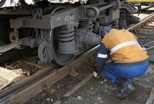 """""""Gniewczyna"""", podobnie jak inne firmy z branży kolejowej, przechodzi kryzys."""