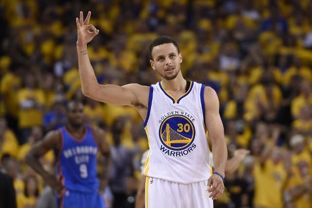 Stephen Curry rzucił w meczu z Philadelphia 76ers 29 punktów. Tyle samo, ile skończył lat.