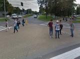 Moda po puławsku. Takie codzienne stylizacje uchwyciły kamery Google Street View w Puławach. Czy mieszkańcy znają się na modzie? Zobacz