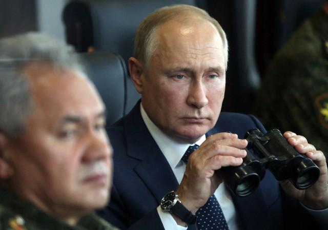 """Władimir Putin bacznie przygląda się manewrom. """"Ćwiczenia Zapad 21 to działanie nastawione na osłabienie sojuszy, sojuszników i relacji między nimi"""" - ocenia ekspert ds. bezpieczeństwa"""