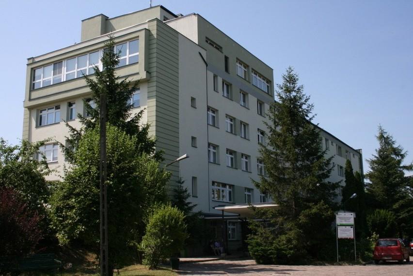 Dług szpitala w Łapach (zdjęcia), który podległy jest...