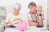 Emerytury po nowemu: Emeryci dostają średnio 2.820 zł, ale emerytki tylko 1.540 zł