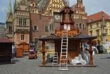 W Rynku trwa rozstawianie Jarmarku Świętojańskiego