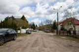 Białystok. Mieszkańcy chcą utwardzenia ulicy Długiej. Interpelują w tej sprawie też radni. Ale na razie miasto nie ma pieniędzy