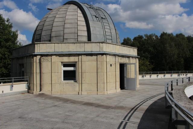 26092016 chorzow planetarium wirtualny spacer photosyntfot  arkadiusz gola   polska press
