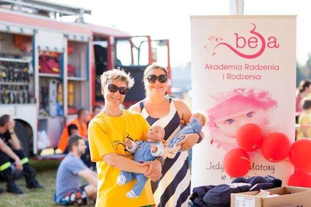 Marzena Sobolewska (z lewej) i Renata Marszałek od dwóch lat prowadzą Akademię Radzenia i Rodzenia BeBa w Radomiu, gdzie uczą rodziców o ciąży i opiece nad dzieckiem.