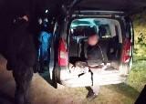 Brutalny napad w Częstochowie. Sprawcy chcieli odzyskać dług i użyli paralizatora