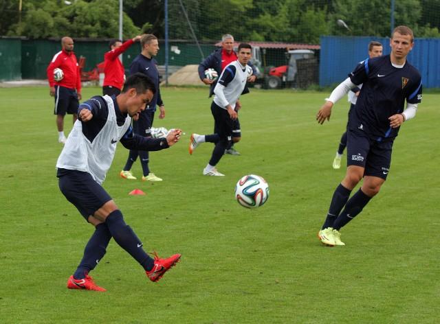 Pomocnik Pogoni, Takuya Murayama, ma nadzieję, że Japonia odbuduje się piłkarsko po mundialu.