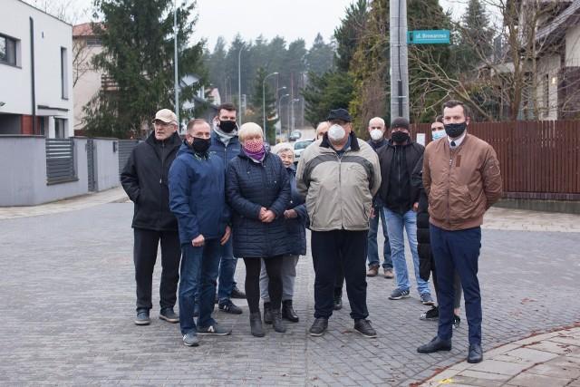 Mieszkańcy osiedla Dojlidy Górne w Białymstoku protestują przeciwko nałożeniu na nich opłaty adiacenckiej.