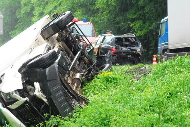 Wypadek w Jarocinie: Zderzenie czterech aut. Trzy osoby ranne
