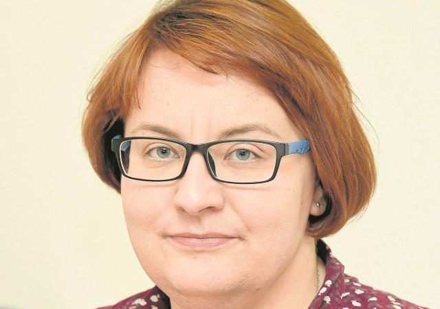 Sylwia Pierścieniak z działu pomocy instytucjonalnej Miejskiego Ośrodka Pomocy Rodzinie w Białymstoku.