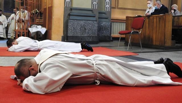 Święcenia kapłańskie w Bielsku-Białej 29 maja 2021 r. przyjęło dwóch diakonów