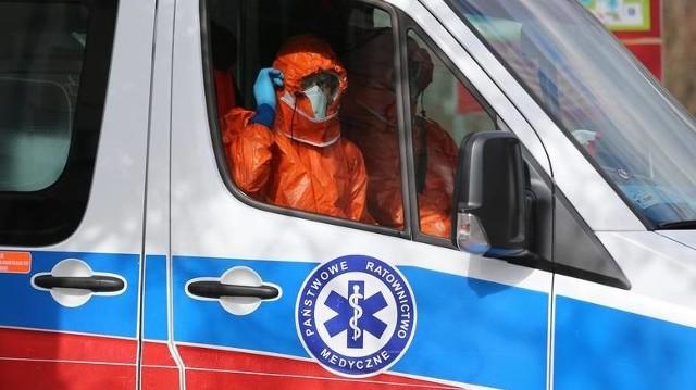 Pacjentkę przewieziono ze szpitala przy ul. Lutyckiej na oddział zakaźny szpitala przy ul. Szwajcarskiej.