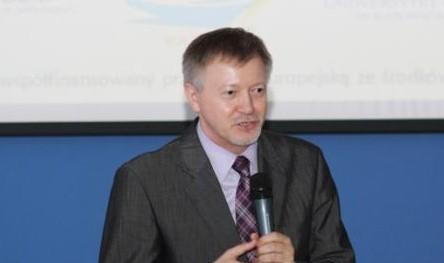 Prof. Adam Bartoszek