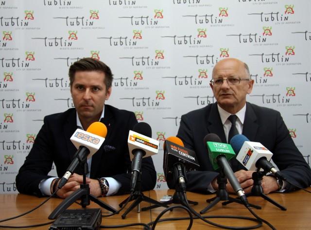 Karol Zarajczyk, prezes zarządu Ursusa i prezydent Krzysztof Żuk