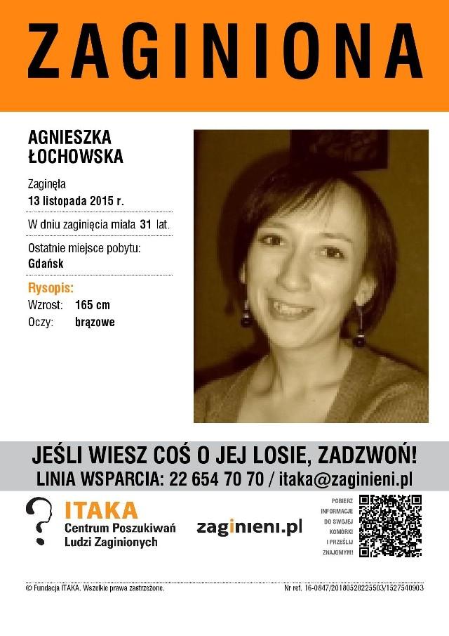 Czy widziałeś tę osobę lub masz jakieś informacje na jej temat? Jeśli tak, skontaktuj się z Fundacją ITAKA! Tel. 22 64 70 70 lub 116 000. Email: itaka@zaginieni.pl