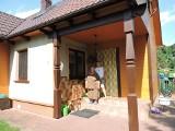 W tym domu urodził się Zenek Martyniuk. Zobacz jak wygląda rodzinny dom gwiazdy 8.06.2021
